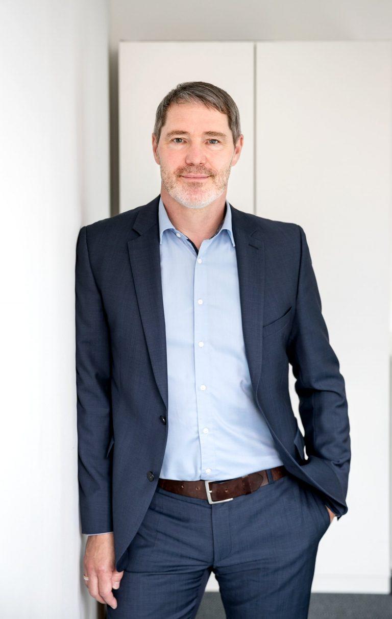 Dr. Björn Knudsen